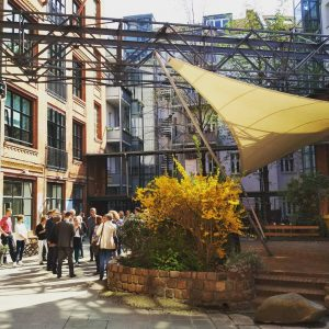 Hof der Fabrik Osloer Straße
